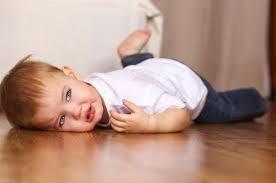 Bệnh động kinh ở trẻ em: Những điều cần biết | Vinmec