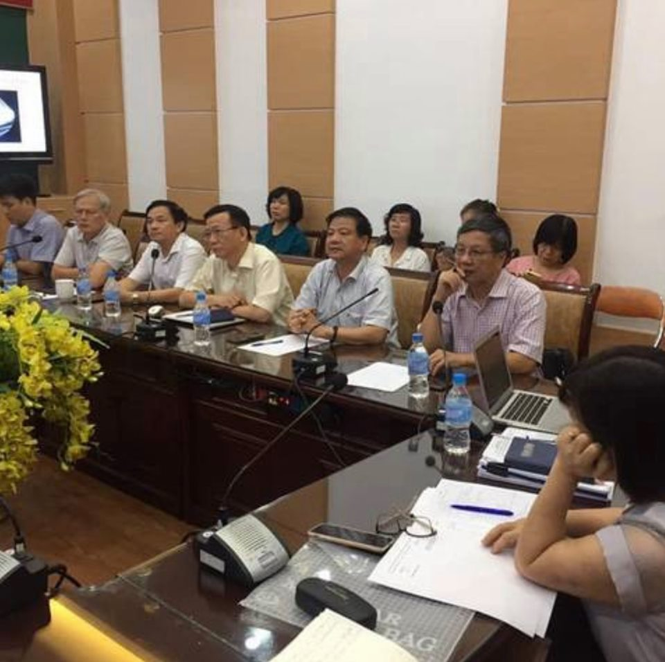 https://media.suckhoedoisong.vn/Images/thaibinh/2020/08/13/3_chuyen_gia.jpg