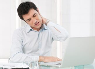 Nguyên nhân và cách điều trị đau mỏi vai gáy